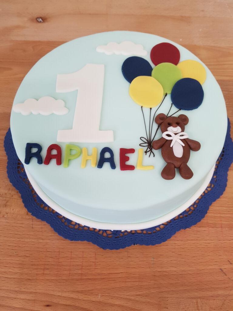 Geburtstagstorte Bär mit Luftballons