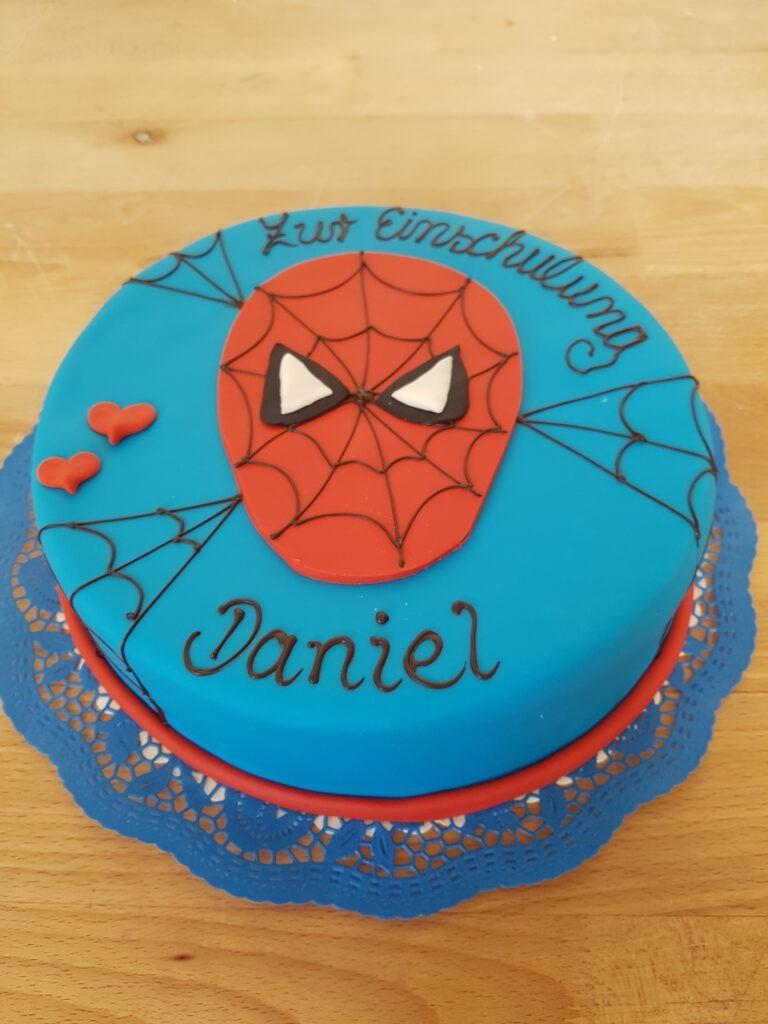 Torte mit Spider Man