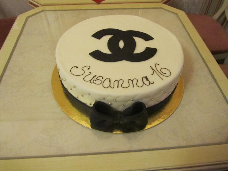 Geburtstagtorte mit Chanel Logo